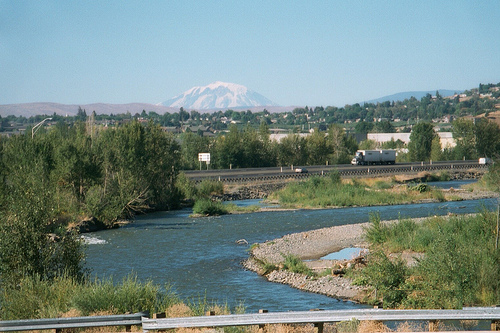 Mount Adams from north part of Yakima